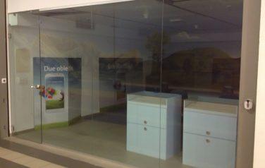 Separazione in vetro Swisscom Shop