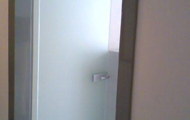 Stipidi in alluminio e porta in vetro